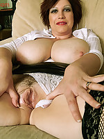 Trudi - Mature Huge Hangers